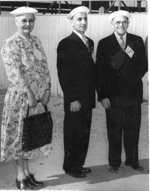 Mrs. Côté-Mercier with her husband Gérard, and Louis Even, in 1959