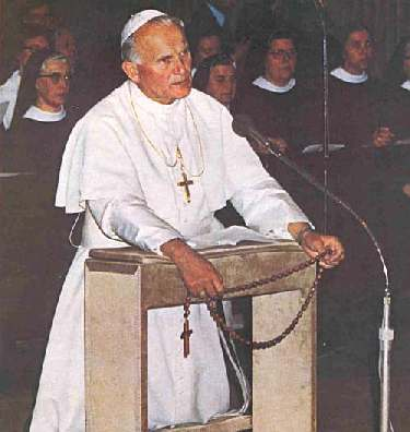 John Paul II praying the Rosary