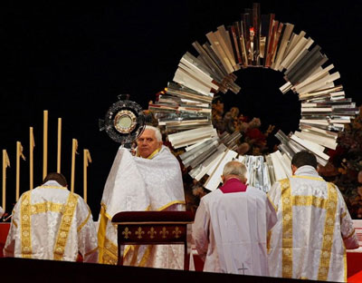 Eucharistic Exposition by Benedict XVI